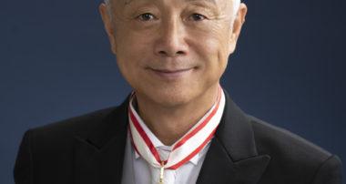 理事長の叙勲にあたり、在日中国人メディア『中文導報』の取材を受け記事になりました。